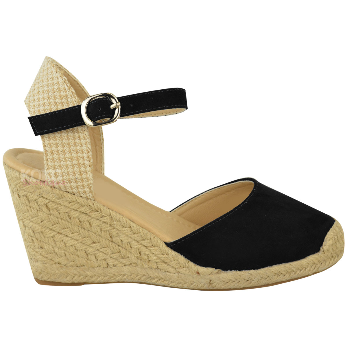 Wedge Shoes. Put your best foot forward with women's wedge shoes from Kohl's. We have all the footwear options you need to complete any look! We have all the colors of wedges that coordinate with any outfit, including red wedges and blue wedges.