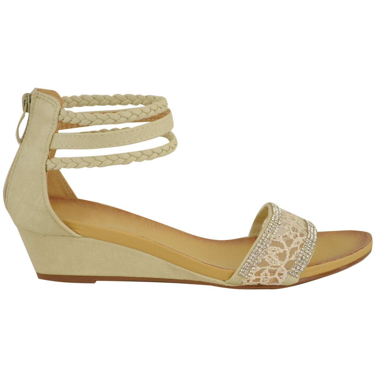 Let Dillard's be you destination for women's low heel pumps.