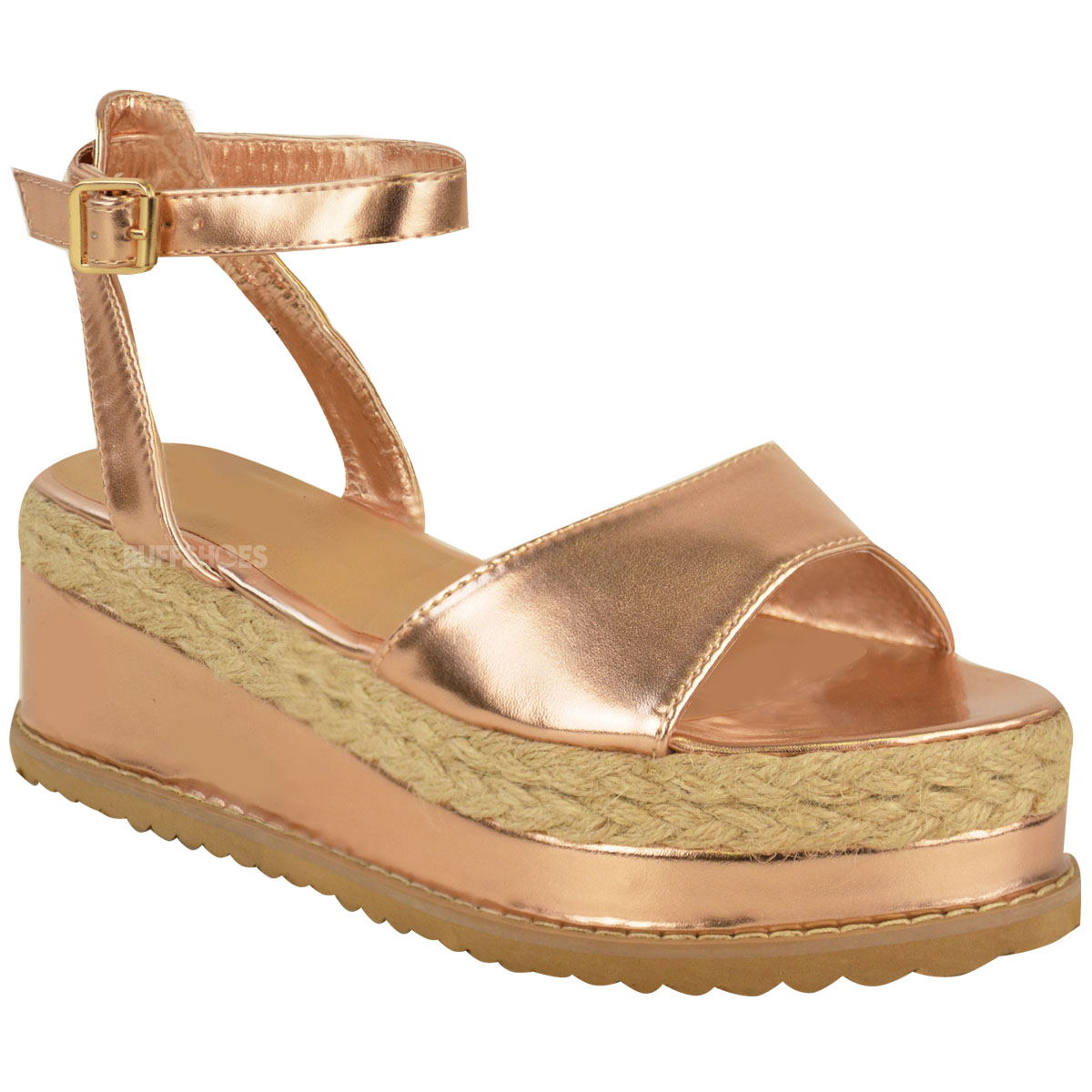 TOMS women's espadrilles are the most comfortable espadrilles out there. TOMS espadrilles for women come in fun prints and colors. Fabric options include suede, yarn dye, canvas, chambray, crochet, denim and more.